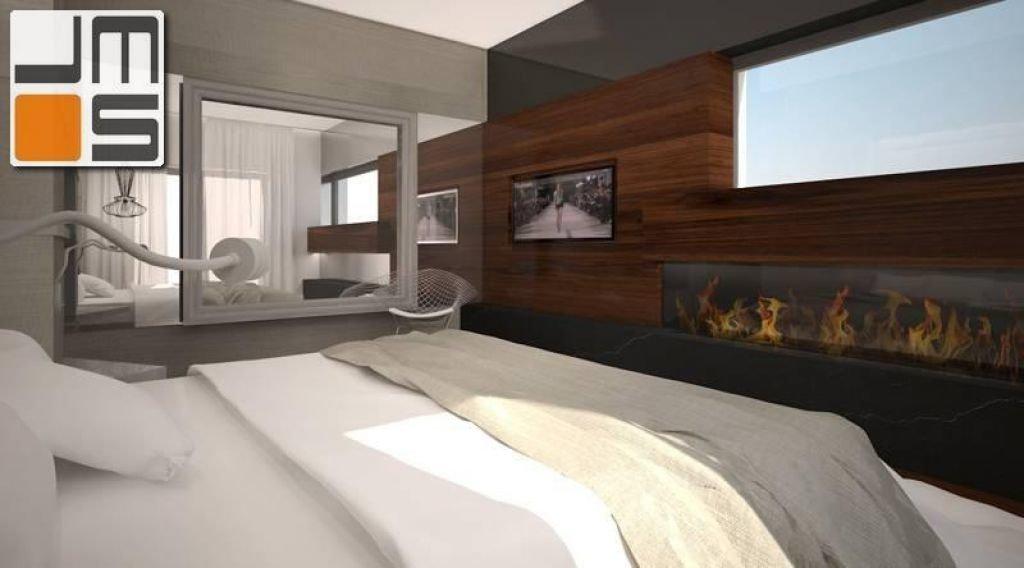 Aranżacja luksusowej sypialni z dekoracyjnym lustrem