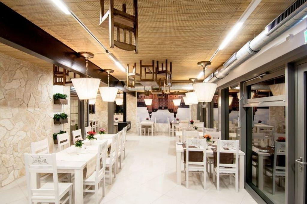 Pomysł na rustykalne wnętrze restauracji