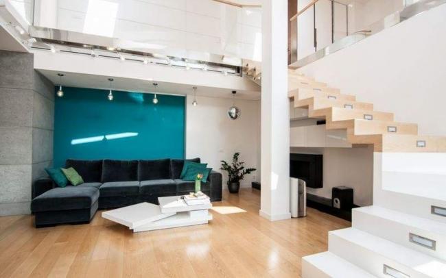 Aranżacja wnętrz ekskluzywnego mieszkania dwupoziomowego