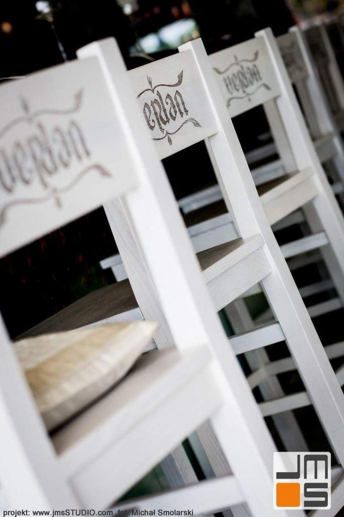 2016 09 jmsstudio 22 projekt wnetrz restauracji krakow ciekawy pomysl na krzesla drewniane