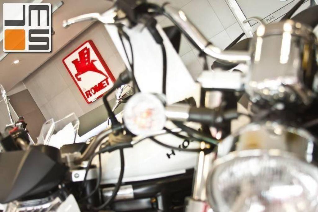 Aranżacja wnętrz sklepu rowerowego firmy Romet w Krakowie